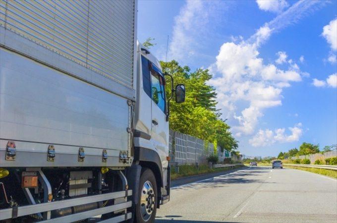 大型トラック運転のテクニックとコツ