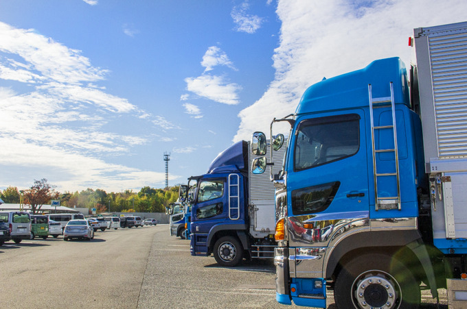 日本梱包運輸倉庫ドライバーの給料