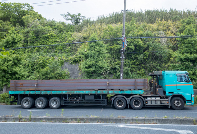 鋼材輸送ドライバーきつい